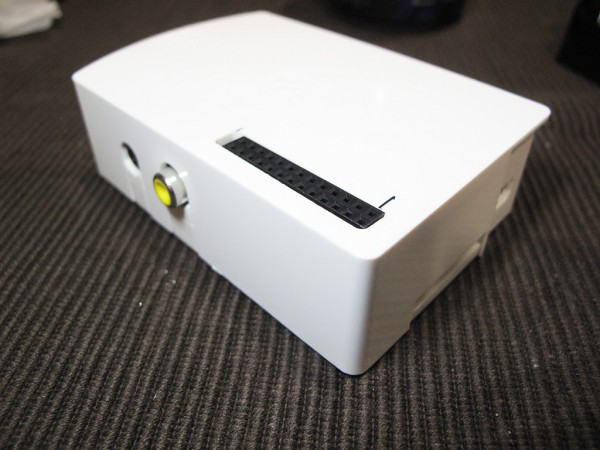 GPIOを外に出せるRaspberry Piケース