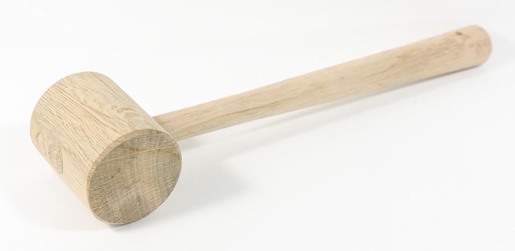 購入したばかりの木槌